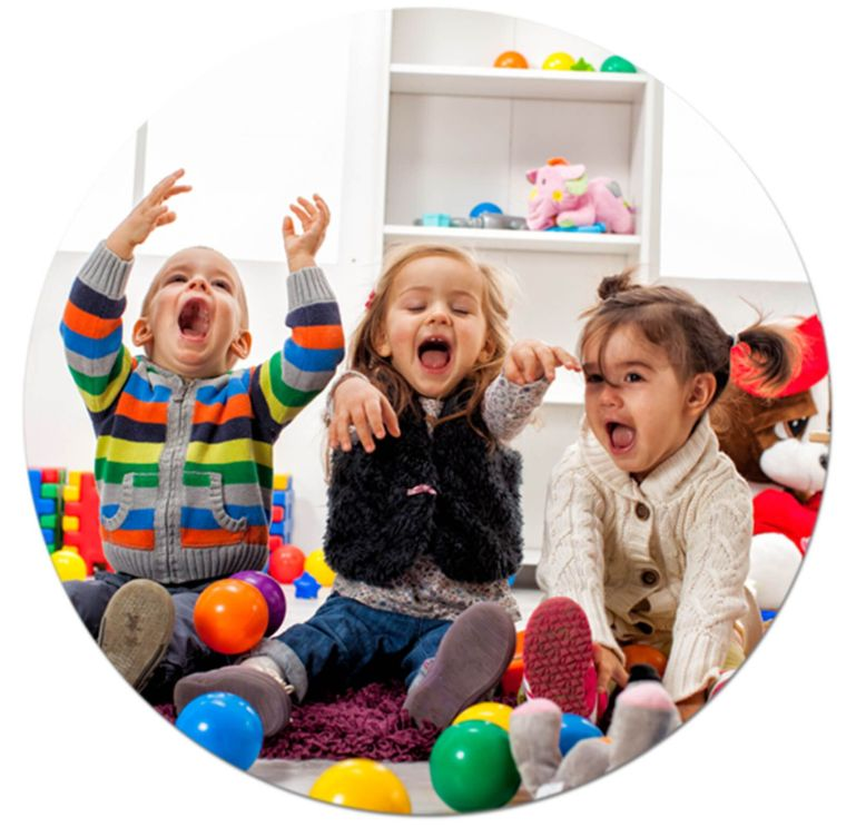 opening-times-children-playing-windsor-nursery_1