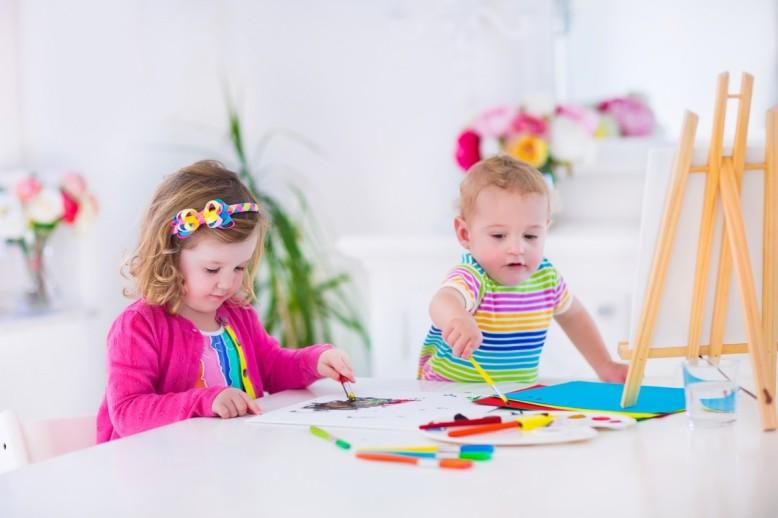 Children-Painting-e1437127842950